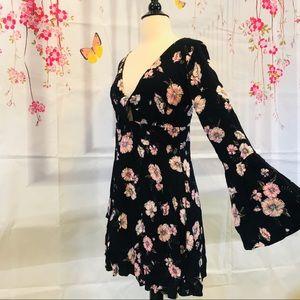 RUE 21 Floral Print Front Tie Mini Dress